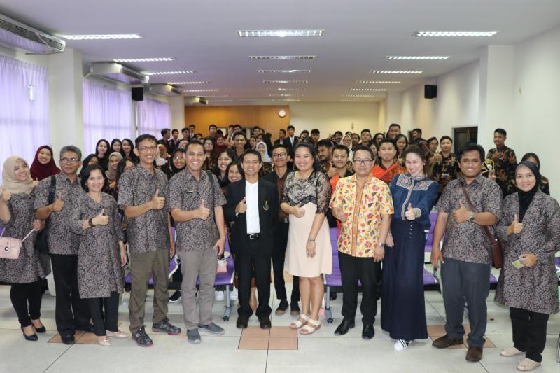 คณะมนุษยศาสตร์และสังคมศาสตร์ มหาวิทยาลัยทักษิณ ต้อนรับคณาจารย์และนักศึกษาจาก Jenderal Achmad Yani University
