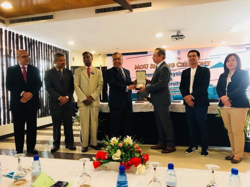 มหาวิทยาลัยทักษิณ ลงนามความร่วมมือทางวิชาการกับ University Malaysia Sarawak ประเทศมาเลเซีย
