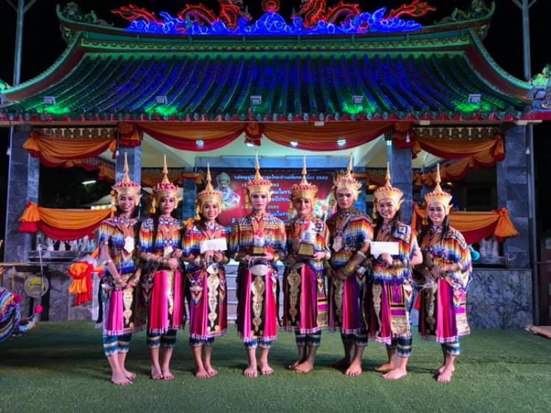 นิสิตสาขาวิชาศิลปะการแสดง คณะศิลปกรรมศาสตร์ ได้รับรางวัลรองชนะเลิศอันดับ 1 และรางวัลขวัญใจมหาชน ในการแข่งขันมโนราห์ดาวรุ่งชิงแชมป์ประเทศไทย 2562