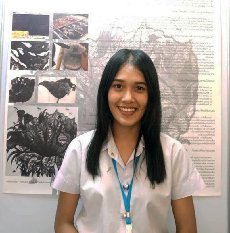 ผลงานของนิสิตคณะศิลปกรรมศาสตร์ มหาวิทยาลัยทักษิณ ได้รับรางวัลรองชนะเลิศอันดับ 3 และได้รับกาารคัดเลือกร่วมจัดแสดงผลงานจากการประกวดศิลปกรรมกรุงไทย ครั้งที่ 4
